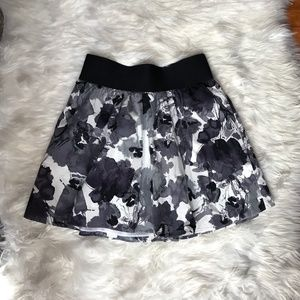 EXPRESS Black and White Watercolor Floral Skirt